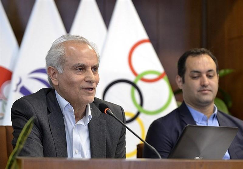 سجادی: آخر شهریور نمونه لباس های کاروان ایران در المپیک آماده می گردد، فدراسیون ها راه طولانی برای کسب سهمیه در پیش دارند