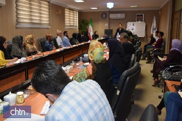 آموزش راهکارهای تجاری سازی به فعالان صنایع دستی خراسان شمالی