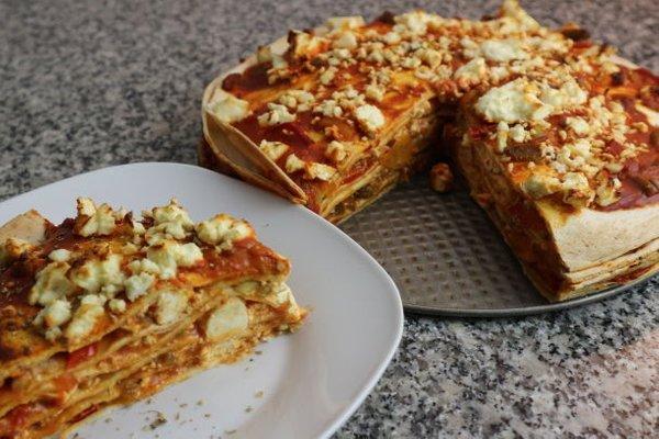طرز تهیه پیتزا با نان ترتیلا